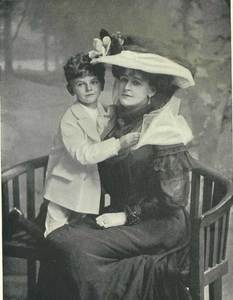 Countess_WarwickSon1906.jpg